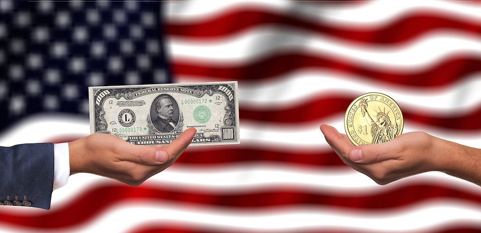 dolary peníze