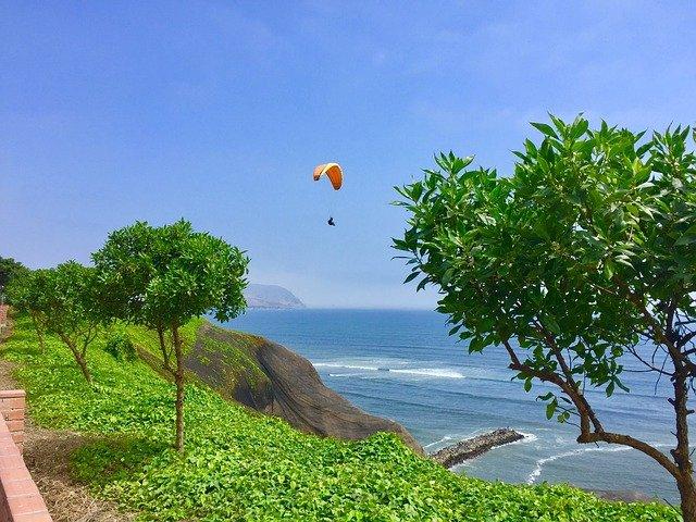 paragliding u moře