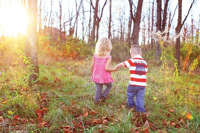dětičky v lese